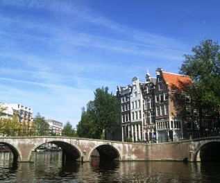 Boaty boat rental Amsterdam canal routes
