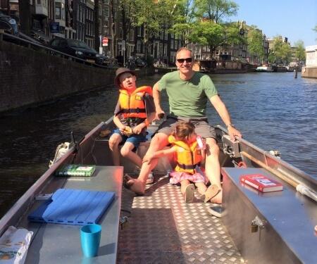 Bootje huren Amsterdam zelf varen fluisterboot