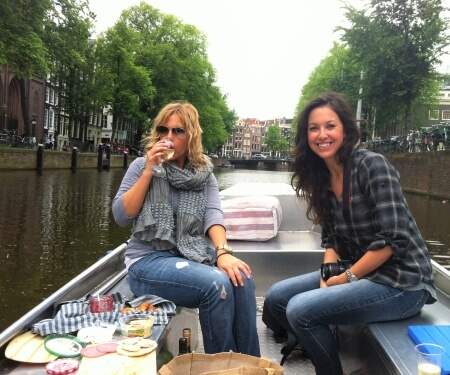 Fluisterboot Amsterdam huren open of overdekte elektrische boot