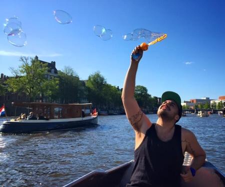 Bootje huren Amsterdam zonder vaarbewijs